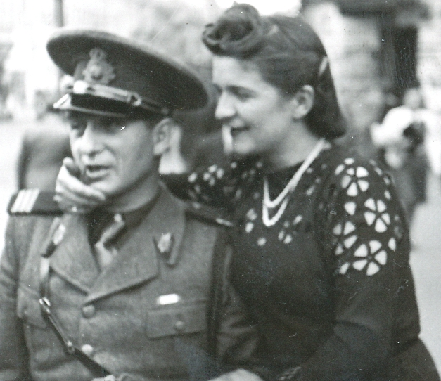 Ioana Radu, ofițer