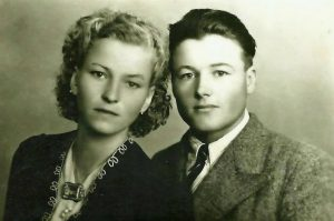 Ion Pitigoi cu sotia.