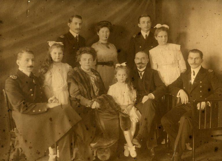 "Misterioasa tragedie a familiei Skadowsky-Falz Fein la bordul yachtului ""Ostara"""