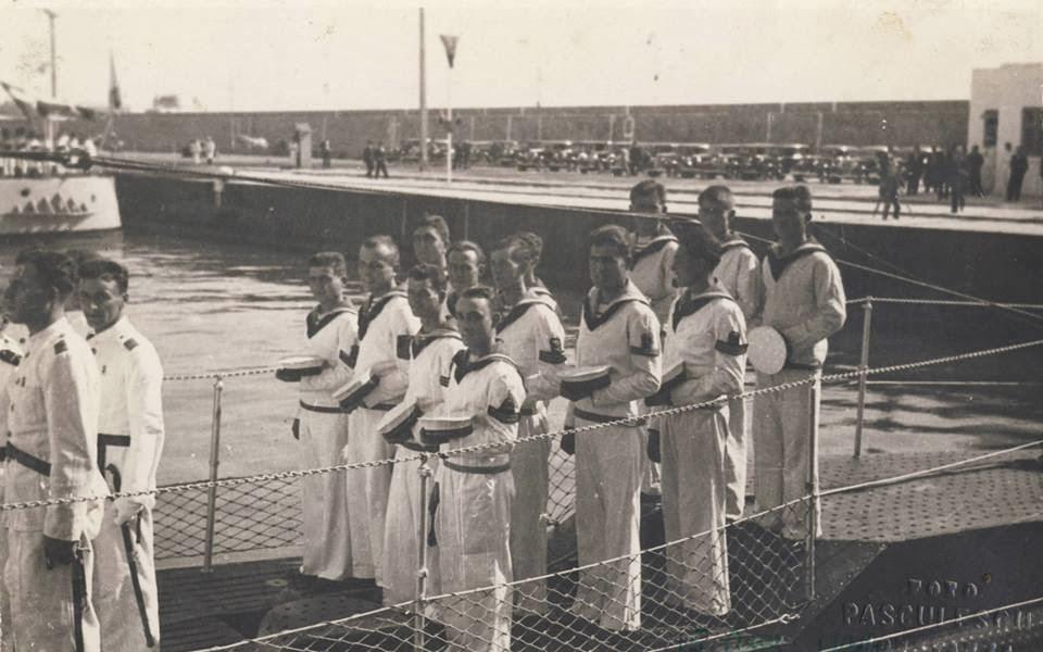 """15 august 1936, portul Constanța - festivitatea de botez al submarinului """"Delfinul""""."""