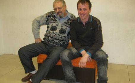 Costică Gheorghe-(stânga) şi-Eugen-Malihen au rămas buni prieteni (martie 2010).