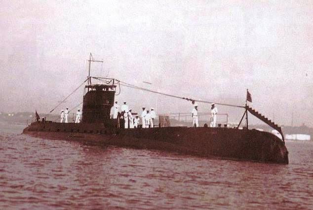 "Submarinul ""Delfinul"" a torpilat cargoul sovietic ""Uralles"""