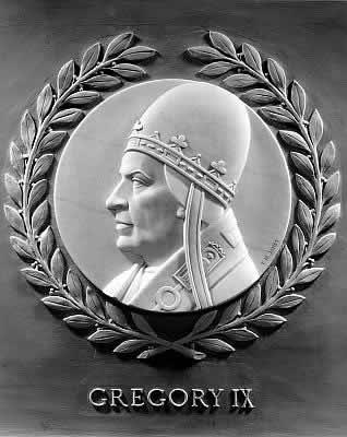 Locuitorii Romei au fost atât de ofensați de răutatea Papei Grigorie al IX-lea, încât l-au alungat din oraș de trei ori în șapte ani, iar la moartea sa, salutată cu o bucurie nestăvilită, s-au răspândit în rândul creștinătății o mulțime de porecle și povești pline de dispreț despre el.