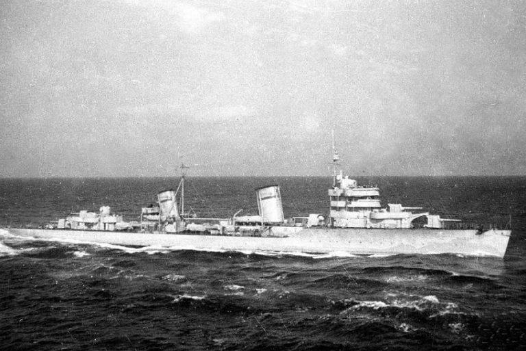 """Un mister al WW2: cine a scufundat distrugătorul """"Moskva""""?"""