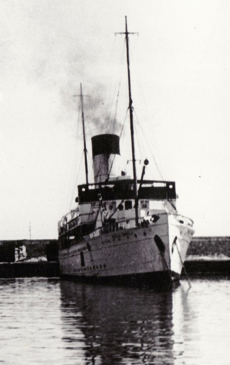 """""""Carol I"""" acostată în portul Constanța."""