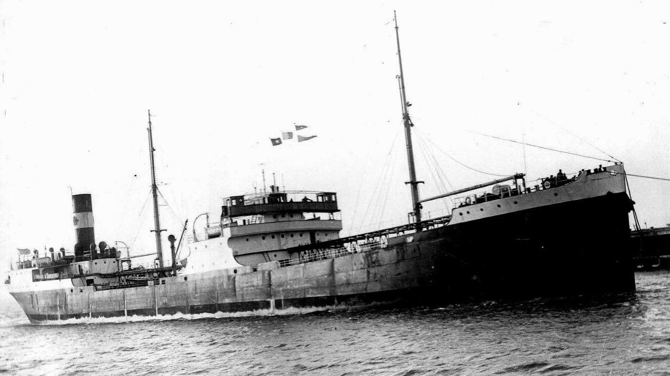 La 16 octombrie 1940 s-a primit ordin de rechiziţionare a navei şi trecerea acesteia sub pavilion englez. Existau două alternative: de a naviga mai departe sub pavilion englez sau ca marinarii români să fie repatriaţi. Tot echipajul a cerut repatrierea.