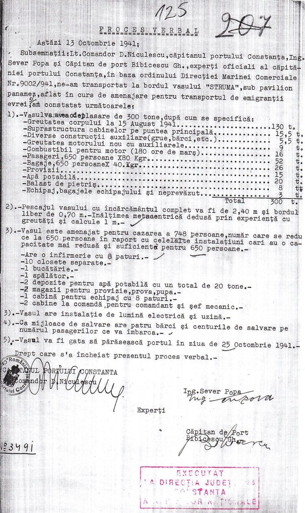 """Constatările experților Căpităniei Constanța la bordul navei """"Struma""""."""
