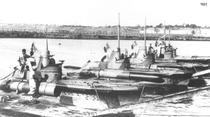 Submarine italiene tip CB.