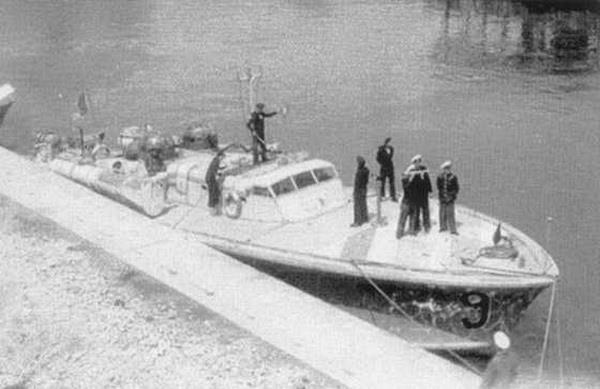 """Vedeta torpiloare """"Vulcan"""", pe care se afla Nicolae Koslinski, participant la bătălia naval[ din 26 iunie 1941."""