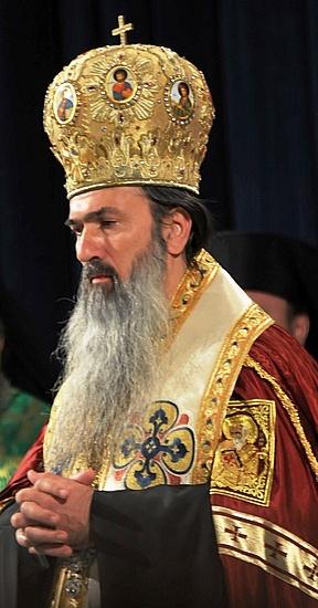 Teodosie a trădat Credința, Sf. Trinitate, Biserica Ortodoxă Română, orașul Constanța și pe constănțeni. Ajunje! Trebuie să plătească aici, acum și, apoi, la Judecata Divină!