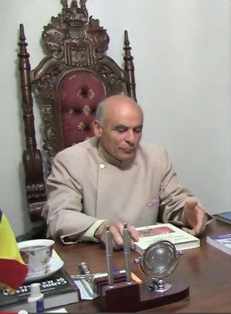 În cazul preotului Țuțuianu nimeni nu a mișcat un deget, nici măcar actualul mitropolit Teofan, succesor al lui Daniel la scaunul mitropolitan de la Iași, nu a întreprins nimic împotriva lui, de la înscăunarea din 2008 și până în prezent.
