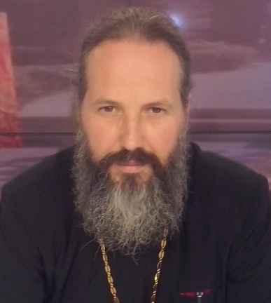 Preotul Cezar Axinte, consilier juridic.