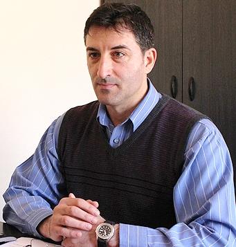 Mitică Iosif, liderul Sindicatului Liber al salariaților din Învățământul Preuniversitar (S.L.S.I.P.) Constanța.