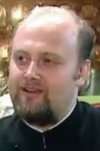 """Preotul Ilie Petre - """"făcătorul de moaste""""."""