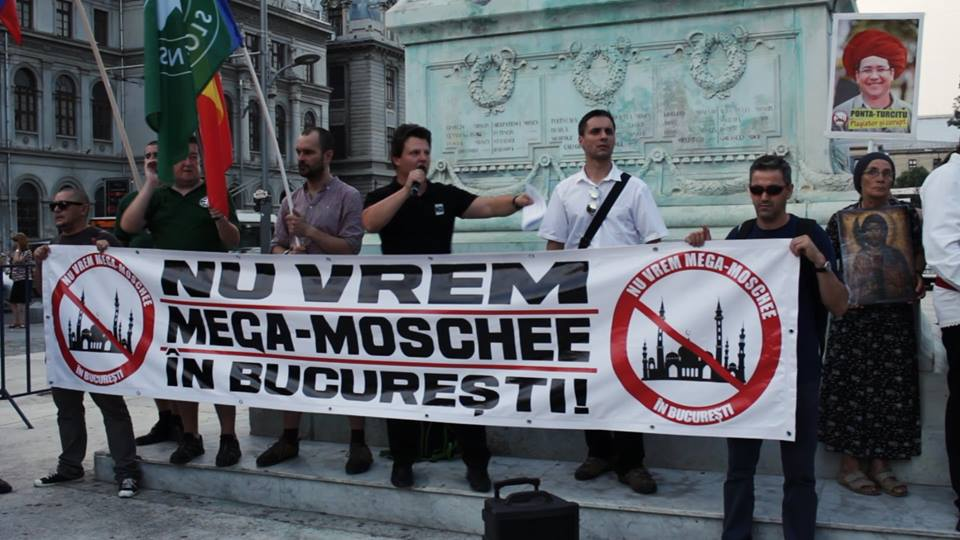 Protest anti-moschee la Bucuresti