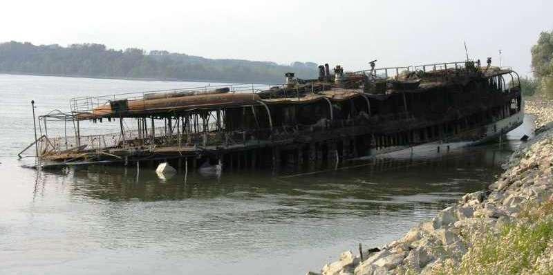 """Nava fluvială de pasageri """"Olteniţa"""" - pierdere totală și definitivă."""