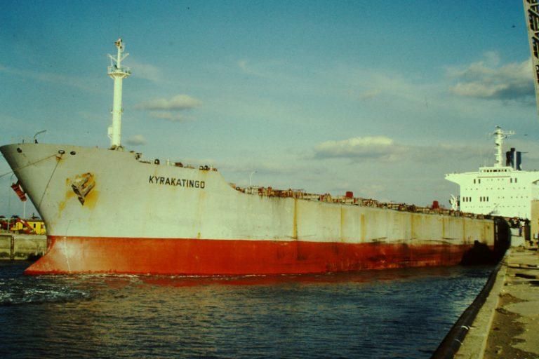 Trei marinari români au dispărut în Triunghiul Bermudelor