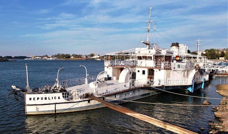 """Pasagerul """"Republica"""" (115 ani) – ultima navă de război cu zbaturi din lume"""