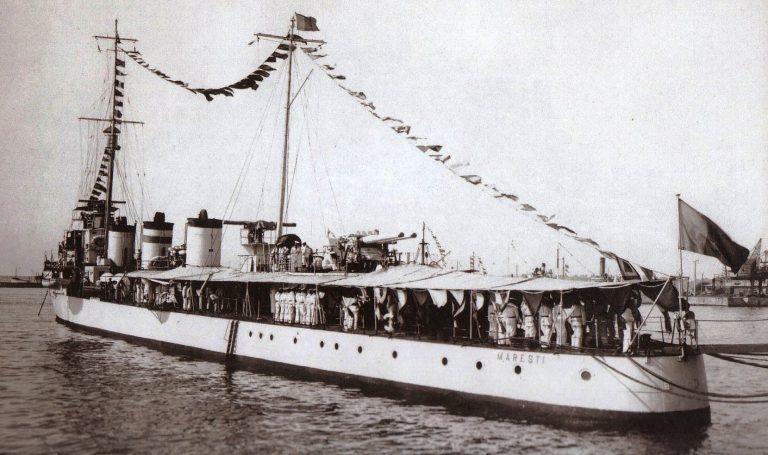 """Distrugătorul """"Măreşti"""" – """"Asul de caro"""" al Marinei Regale Române"""