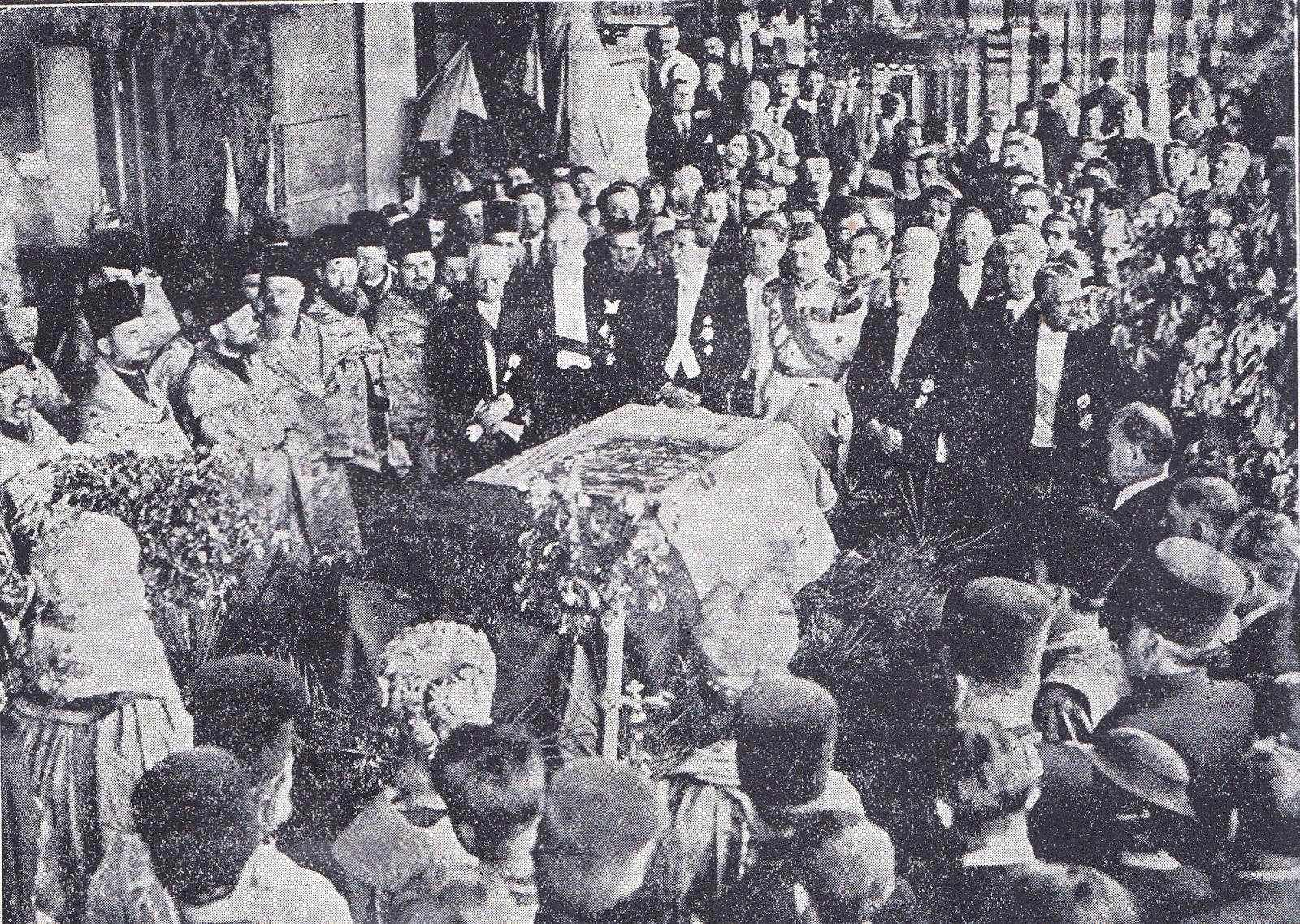 Serviciul religios de la Iași, ținut în fața osemintelor lui Dimitrie Cantemir.
