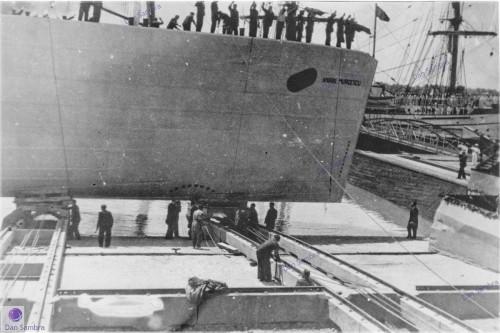 """""""Amiral Murgescu"""" la Galați (iunie 1939)."""