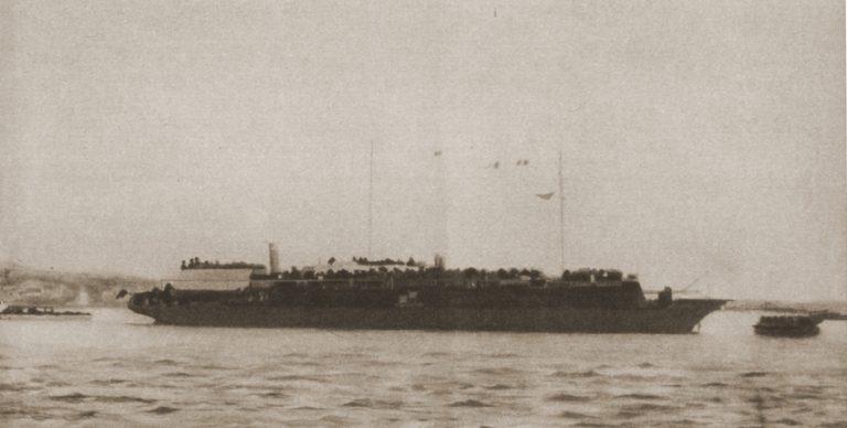 Masacru în zori: torpilarea navei STRUMA – cea mai mare tragedie din Marea Neagră