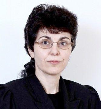 """Alina-Diana CODREANU - inspector şcolar general adjunct la I.S.J. Constanța, a fost șefa Comisiei Județene pentru organizarea concursului de directori și directori adjuncți (2016). I se spune și """"Michael Jackson""""."""