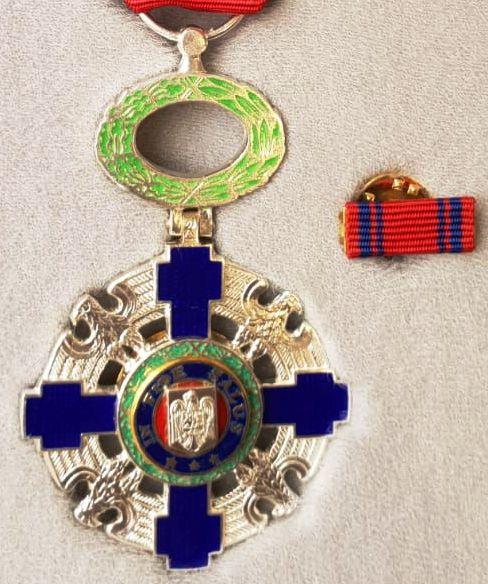 Am cerut retragerea Ordinului național STEAUA ROMÂNIEI